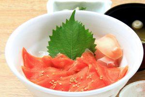 忍野サーモン丼 写真